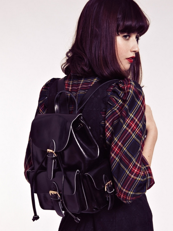 Black_Backpack_0_1024x1024